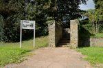 Aufgang zum Friedhof der ehemaligen Tötungsanstalt