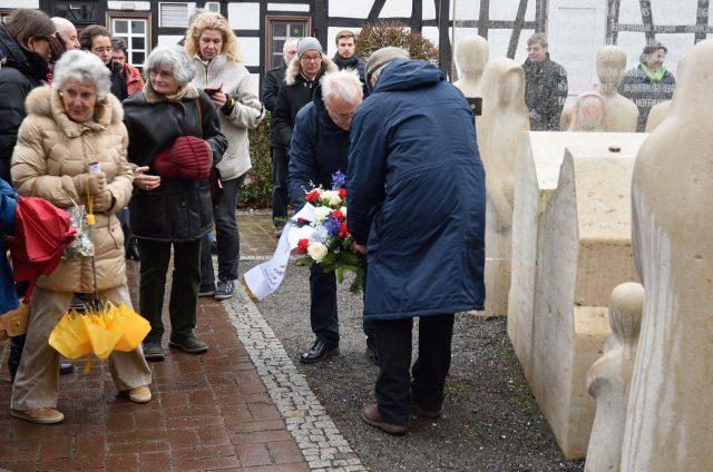 2019-01-27 Opferdenkmal Oberursel Tag des Gedenkens an die Opfer des Nationalsozialismus